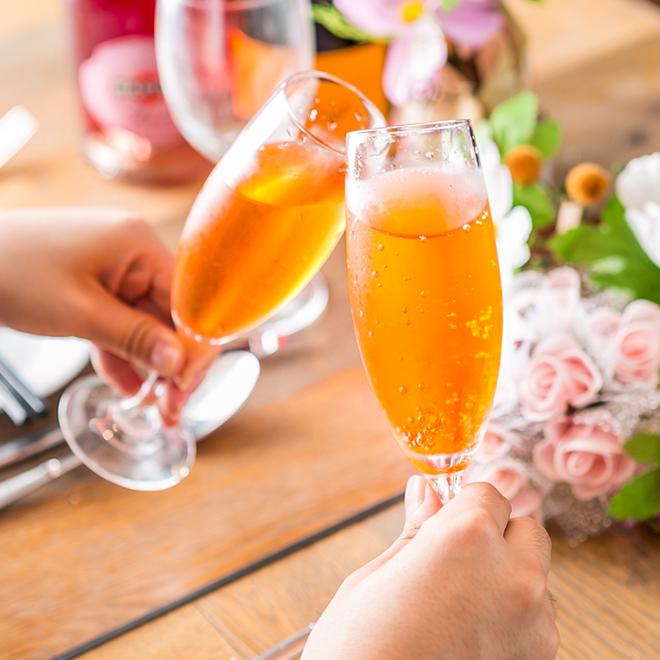 【2h飲み放題】ワインが16種類もスパークリングワインも付いた飲み放題が1,500円!!(税込)
